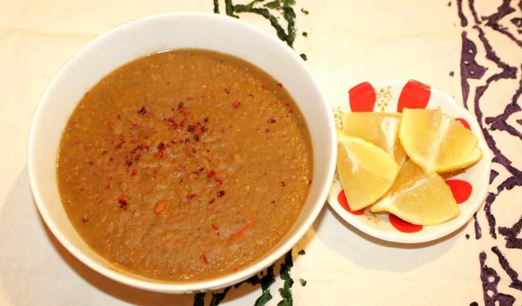 Raudonųjų lęšių sriuba - kırmızı mercimek çorbası